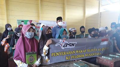 ASK dan Gernas Ayo Bersedekah Serahkan Wakaf Sejuta AL-QUR,AN Ke Madrasah Nurul Bayan