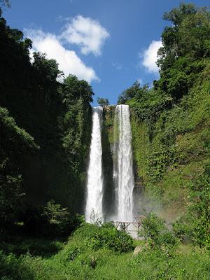 air terjun curug Sanghyang Taraje