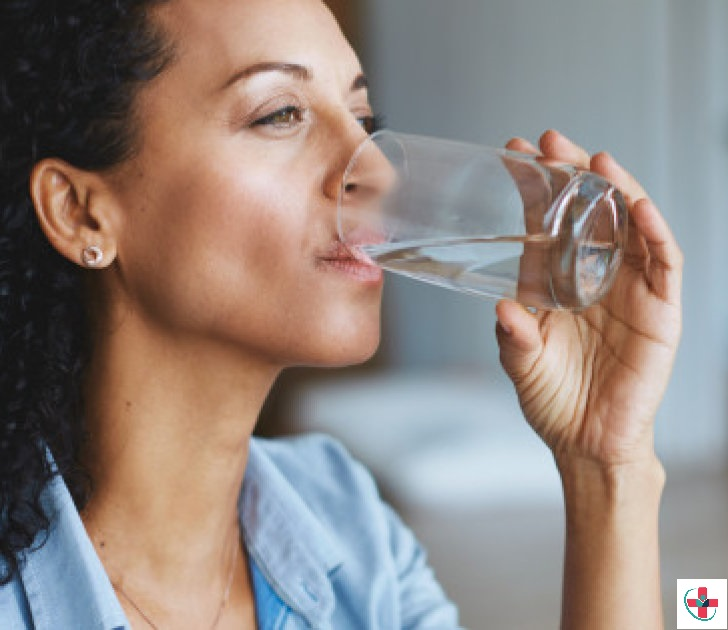 Reasons why an increase in daily water consumption can help cure bad breath