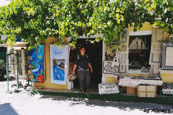 centrul-istoric-Paxos-Insula-de-vazut-Grecia-am-fost-acolo