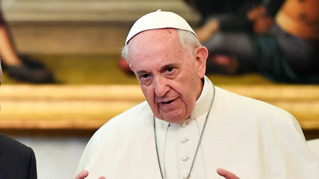 """El papa Francisco reconoce """"graves equivocaciones"""" en relación a los casos de abuso en Chile"""