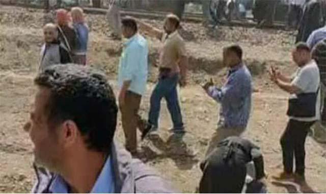 قطار بنها يخرج عن القضبان ووقوع ضحايا