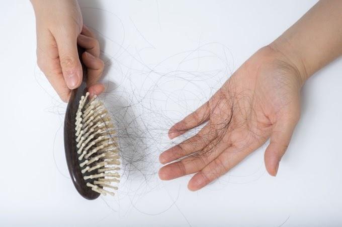 Tips Alami dan Mudah Mengatasi Rambut Rontok