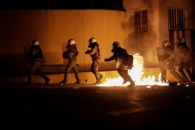 Μηνυτήρια αναφορά κατά της βίας των ΜΑΤ στη Λέσβο