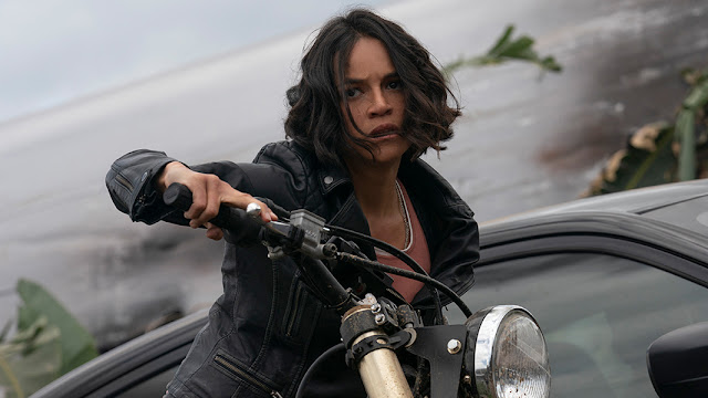 michelle rodriguez on a motorcycle