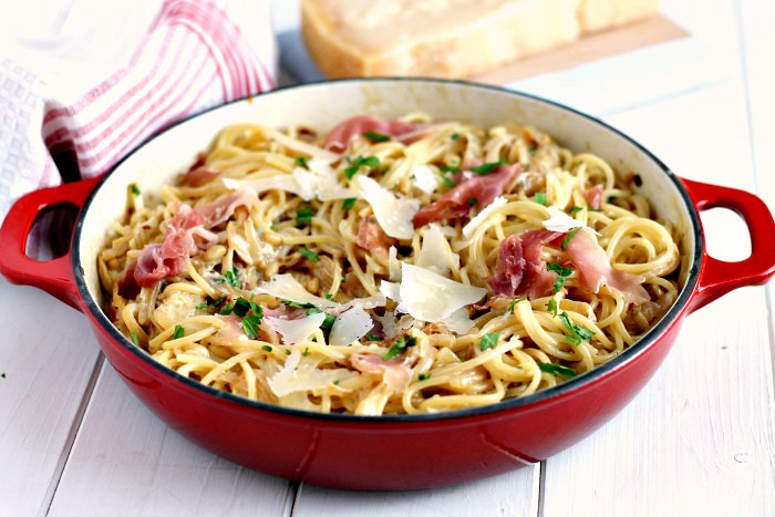 Creamy Caramelised Onion, Grana Padano and Proscuitto Pasta