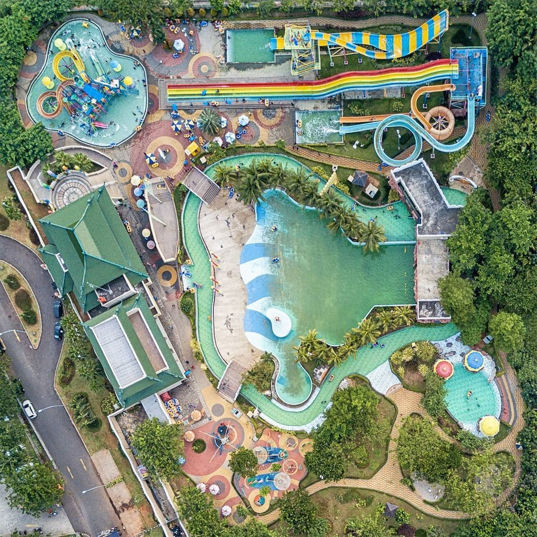 Palm Bay Waterpark Taman Surya Cengkareng