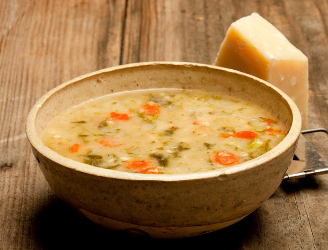 Tuscan White Bean Soup #dinner #soup