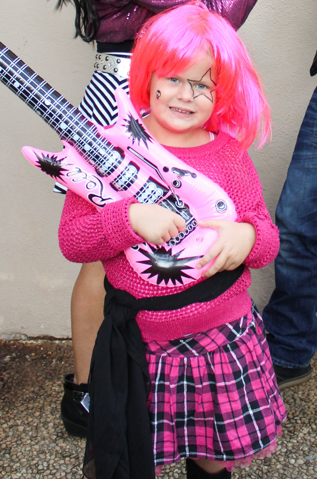 Such a cute kids 80s rock star Halloween costume!