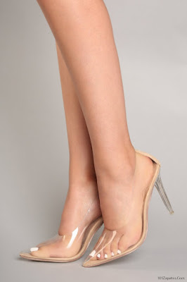 Zapatos transparentes