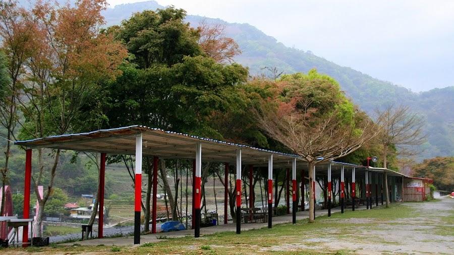 南投仁愛 - 瑪莉溫泉景觀露營區 - 給她一個為您服務的機會 :: 阿舍的精彩生活