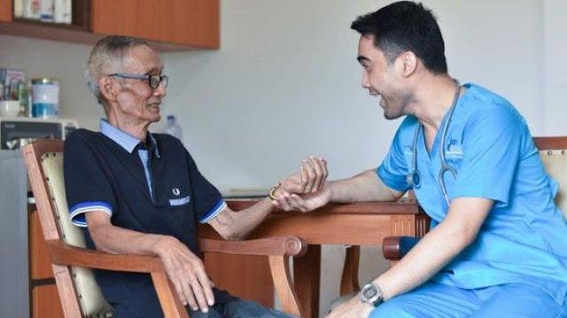 Jasa Perawat Home Care