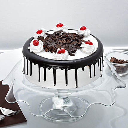 Choose the Cake Delivery in Surat to Make your Celebration Enjoyable