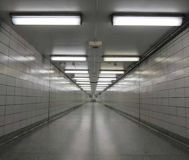 Bay station corridor