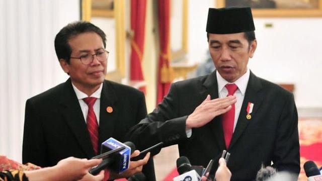 Fadjroel: Presiden Tertawa Lihat Kritik di Indonesia Masih Ada