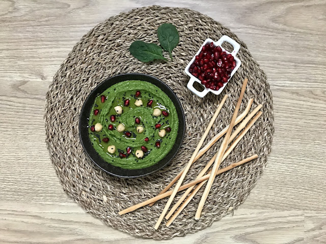 HUMMUS DE GARBANZOS Y ESPINACAS ¡La Receta de Hummus más Fácil y Ligera!