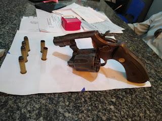 Homem é baleado durante troca de tiros dentro casa de eventos em Barras