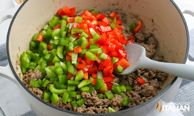 stuffed pepper soup ground beef cooked and peppers added