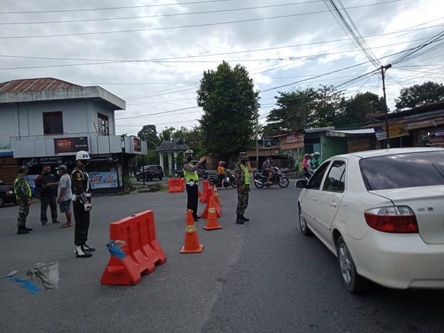 Putus Penyebaran Covid-19, Ops Penyekatan PPKM Level lll Dilaksanakan Personel Jajaran Kodim 0207/Simalungun