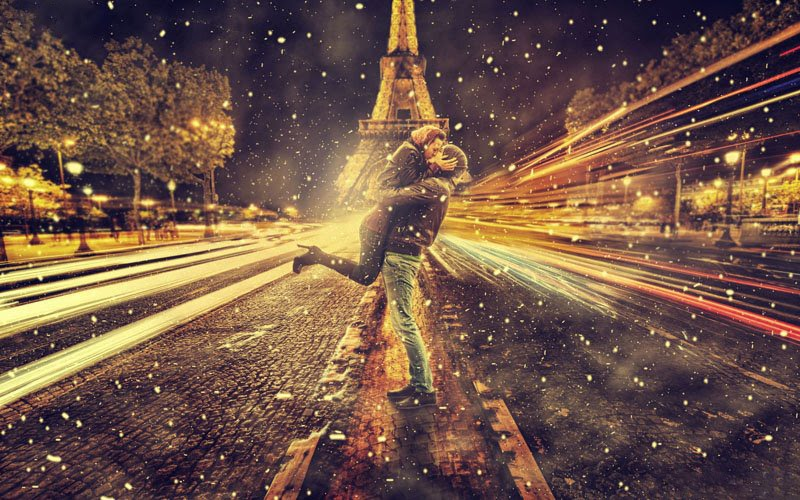 Paris Eiffel tower wallpaper honeymoon kiss
