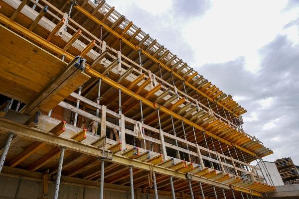 ponteggio-cantiere-edificio-opere provvisionali