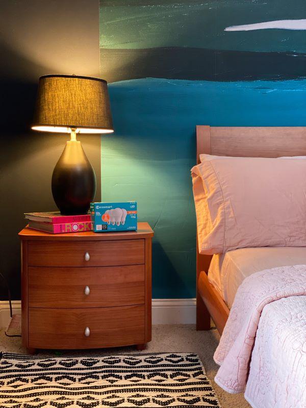 Bedside lighting using EcoSmart bulbs -designaddictmom