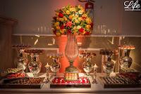 casamento com cerimonia na igreja nossa senhora da conceição e recepção e festa no salão imperatriz da associação leopoldina juvenil em porto alegre com decoração em tons quentes