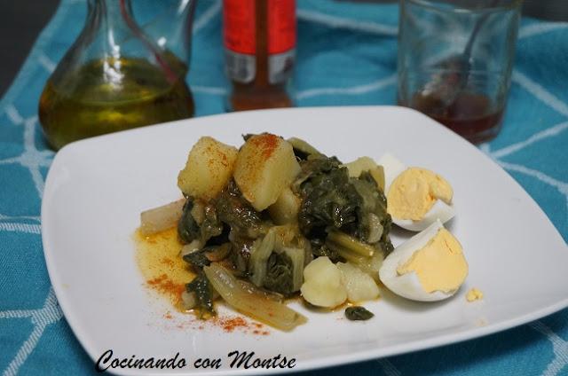 Acelgas con patatas y pimentón