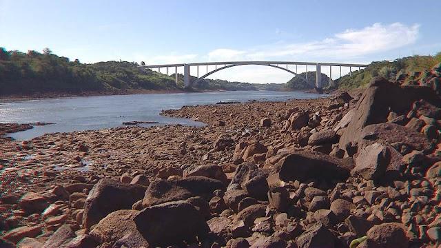 Baixa vazão do rio Paraná prejudica pesca e navegação abaixo da Itaipu