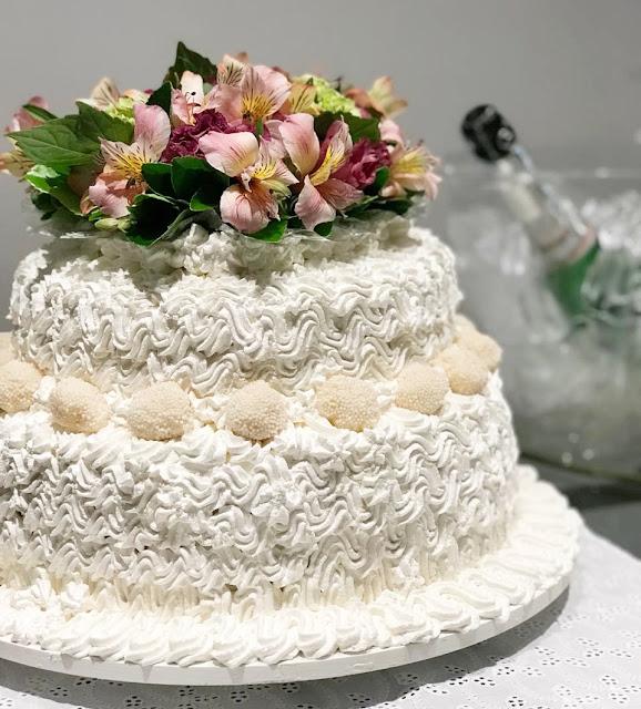 bolo noivado