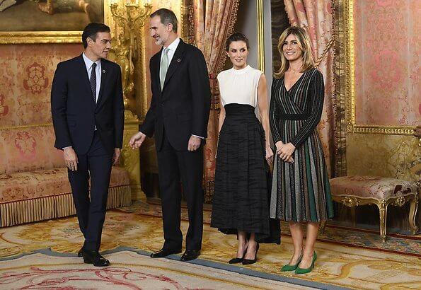 Queen Letizia wore a new silk-linen blend long skirt from H&M Conscious collection. Prince Albert, Grand Duke Henri