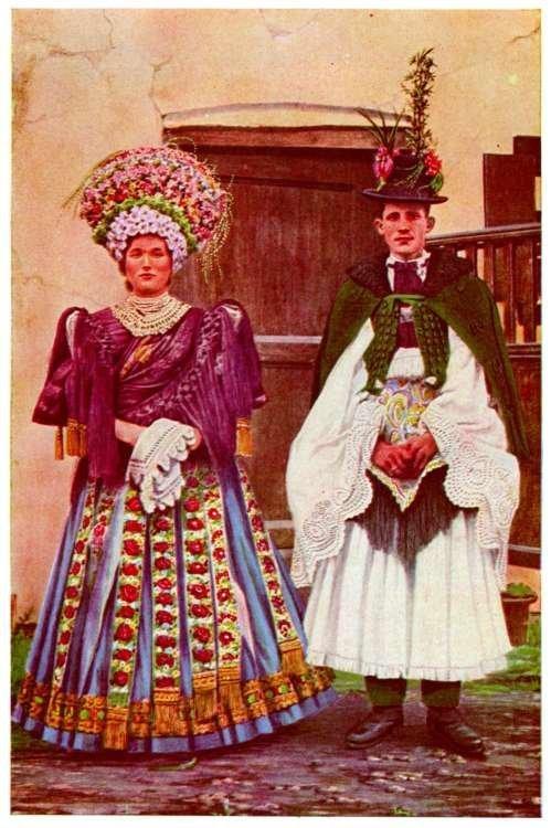 MIRELLE: Kalocsa - Hungarian embroidery