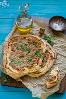 Turecka pizza przepis