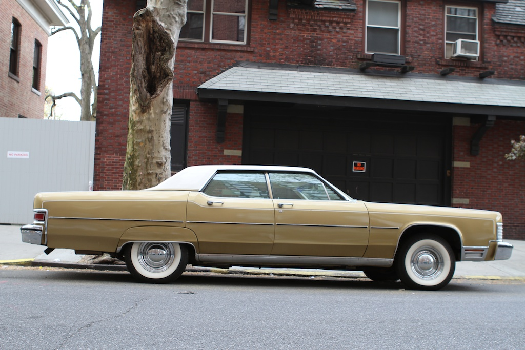 The Street Peep 1974 Lincoln Continental