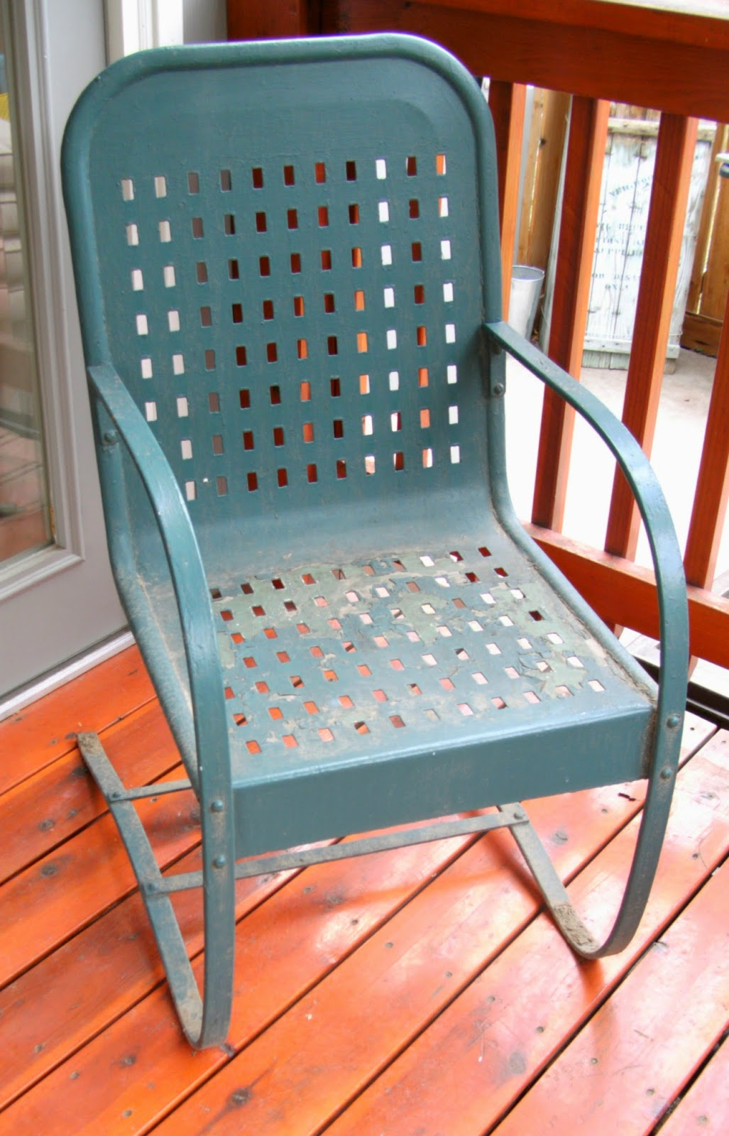 Vintage Outdoor Rocking Chair Makeover - Weekend Yard Work Series ...