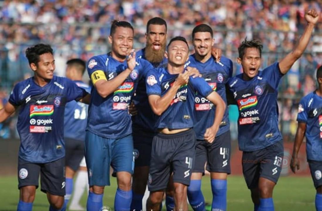 Menangi Derby Jatim, Arema FC Lumat Persebaya Surabaya