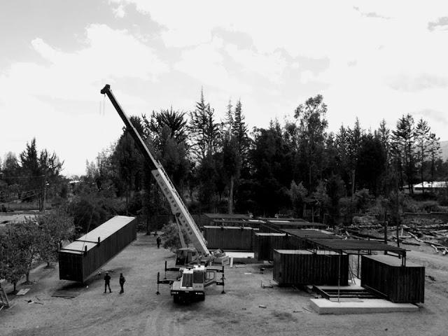 Casa RDP - Shipping Container Industrial Style House, Ecuador 38