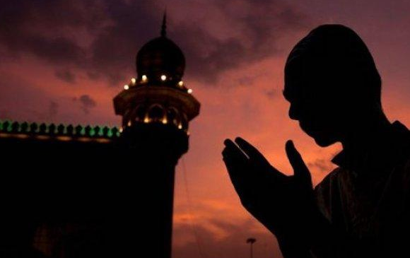 Menggapai ampunan di bulan suci ramadhan