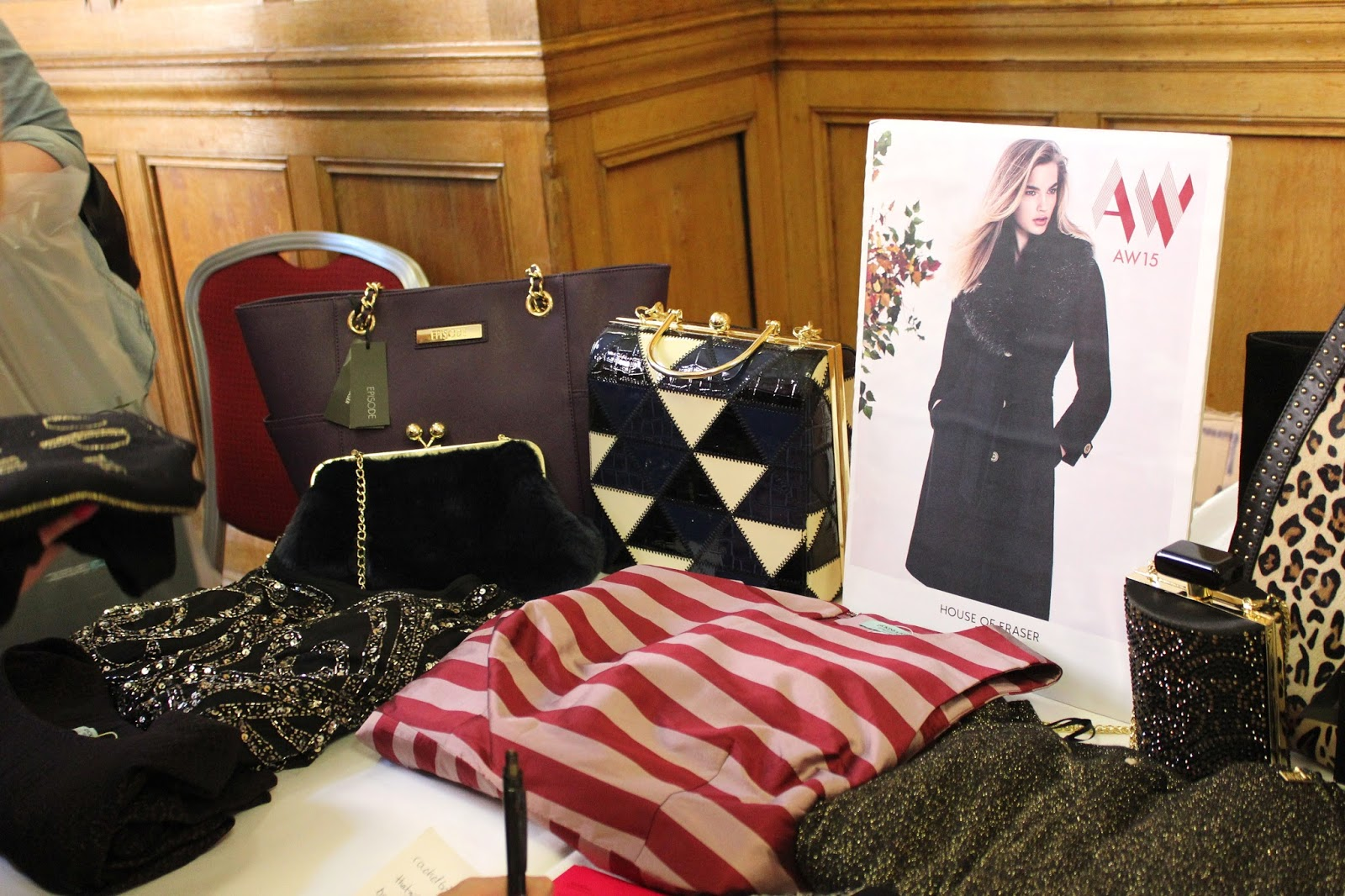 Georgie Minter-Brown actress blogger big blogger conference hotel russell london house of fraser aw15 clothes bags