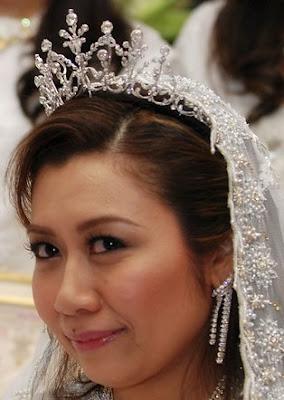 diamond tiara pahang malaysia queen tengku ampuan azizah nurul kamalia