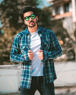 Mumbiker Nikhil Biography, Wiki, Age, Height, Wight, Net Worth, Family Details, Girlfriend, Bikes, Cars and More || BIOWORLD