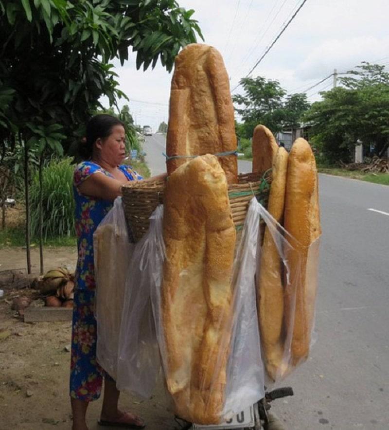 giant bread loves