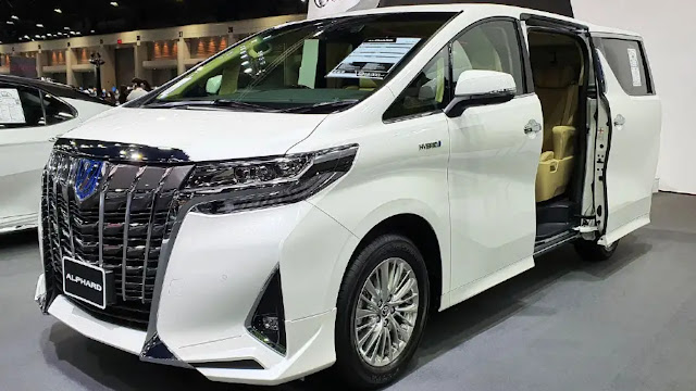 Rekomendasi Mobil MPV Mewah - Toyota Alphard