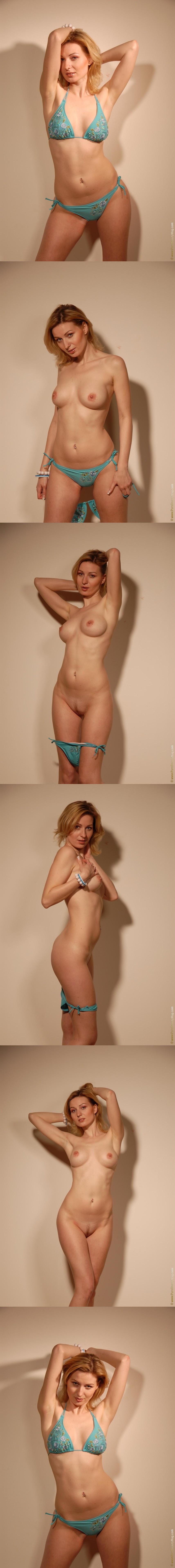 PureBeautyMag PBM  - 2007-04-30 - #s348778 - Ivana J - Depths Desire - 3872px