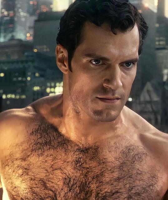 el torso de superman