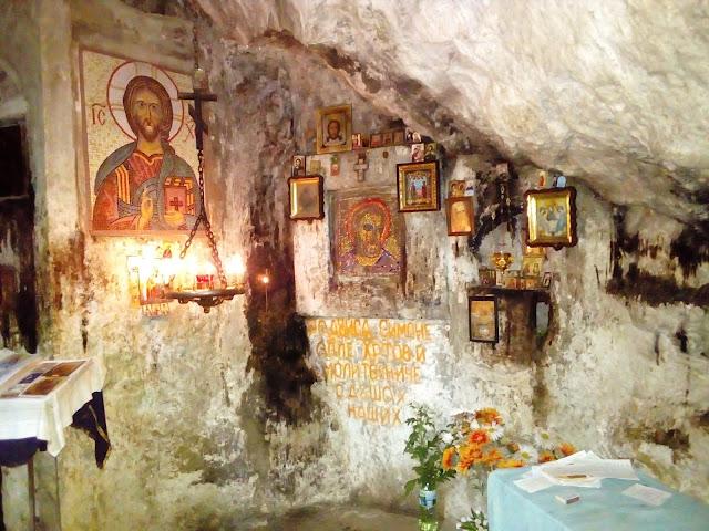 Las iglesias en cuevas de Abjasia son para sorprenderse