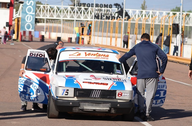 Vuelven las pruebas libres en el Autódromo Jorge Ángel Pena
