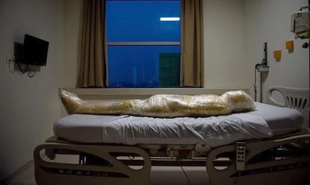 Terungkap Kondisi Mengerikan Jenazah Pasien Corona di Indonesia: Dibalut Lakban Lalu Ditutup Plastik dengan Rapat