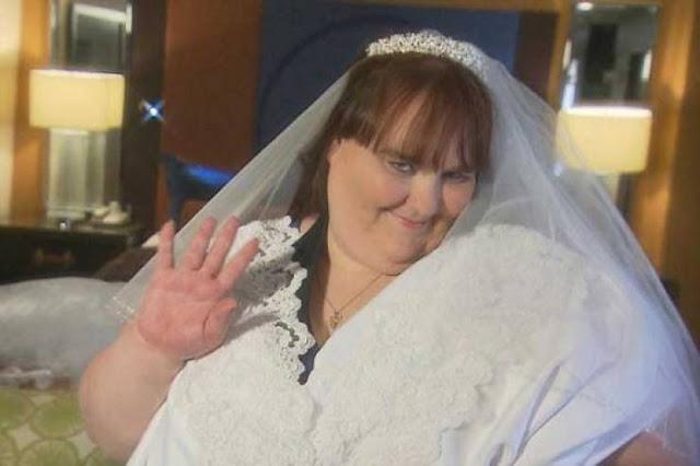 عروس تخسر 50 كيلو من وزنها وتفاجئ معازيم حفل الزفاف لن تتخيل كيف اصبح شكلها