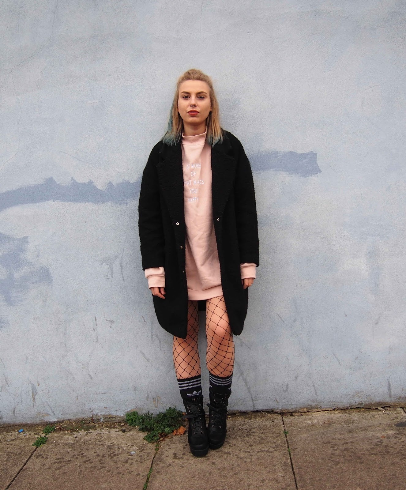 oversized duster jacket coat, oversized pink jumper dress primark, fishnet tights, adidas sock, chunky biker boots, autumn winter outfit, grunge 90s alternative style